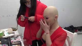 艺容美女连胸头套佩戴 Female Mask Makeup